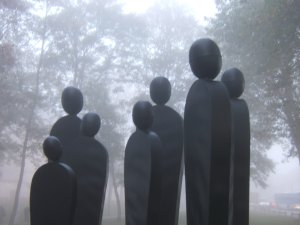 People, sculpture 488x390x400cm, Olivier Gerval, Vernon